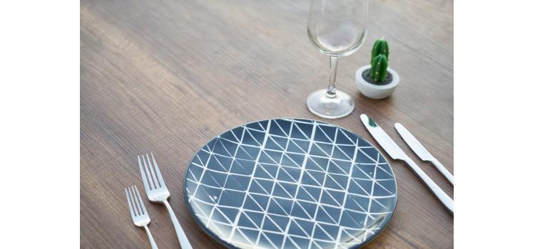 La comida del futuro, carne de insecto cultivada en laboratorio.