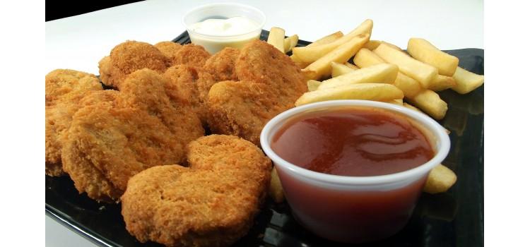 Detectado brote de salmonelosis en nuggets de pollo
